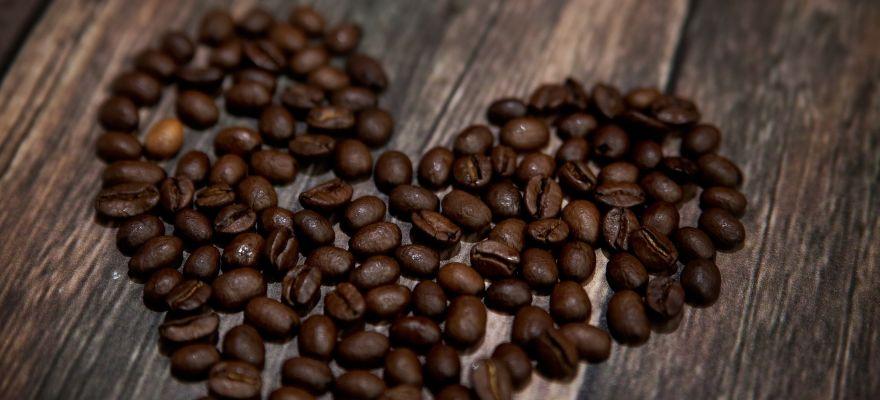 Kavos priedai ir aksesuarai puiki dovana