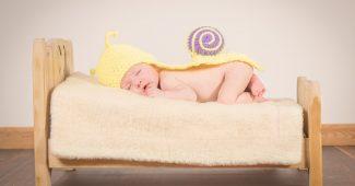 baby-bed-bedroom-208153